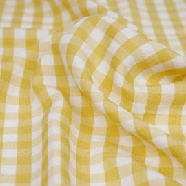 Tissu polycoton ocre et blanc à motif tissé vichy | Pretty mercerie | mercerie en ligne