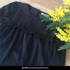 Tissu coton plumetis et bandes brodées noir - pretty mercerie - mercerie ne ligne