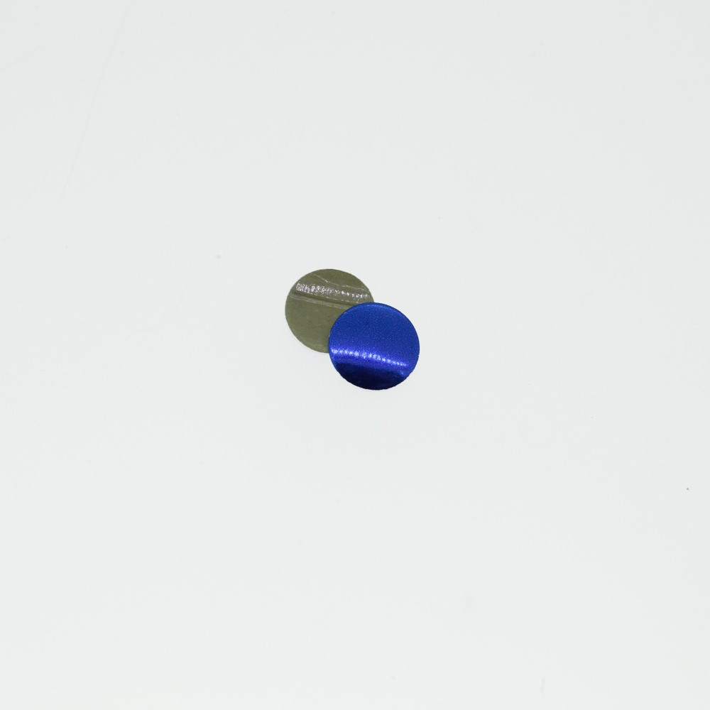 Clous plats bleu anglais
